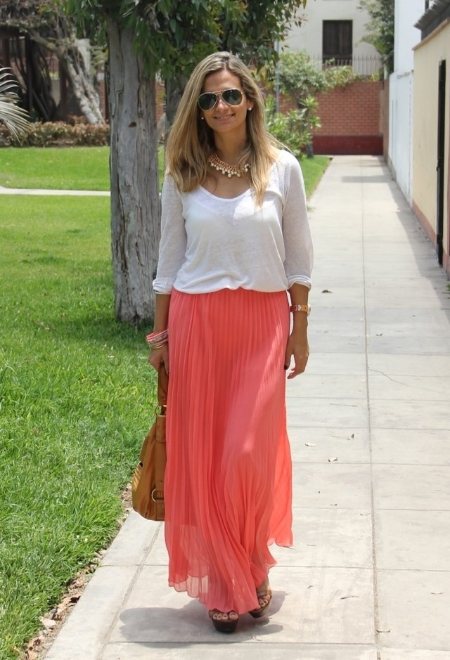 zara-camisetas-mirelly-reyna-faldas~look-main-single