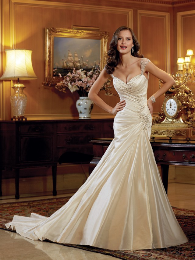 Y11412_wedding_dresses_2014