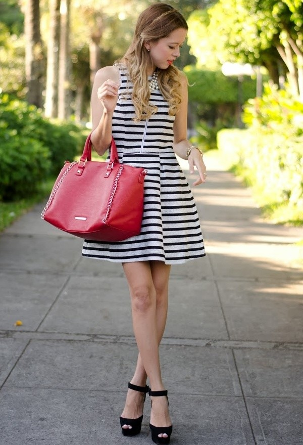 express-dresses-bags~look-main-single