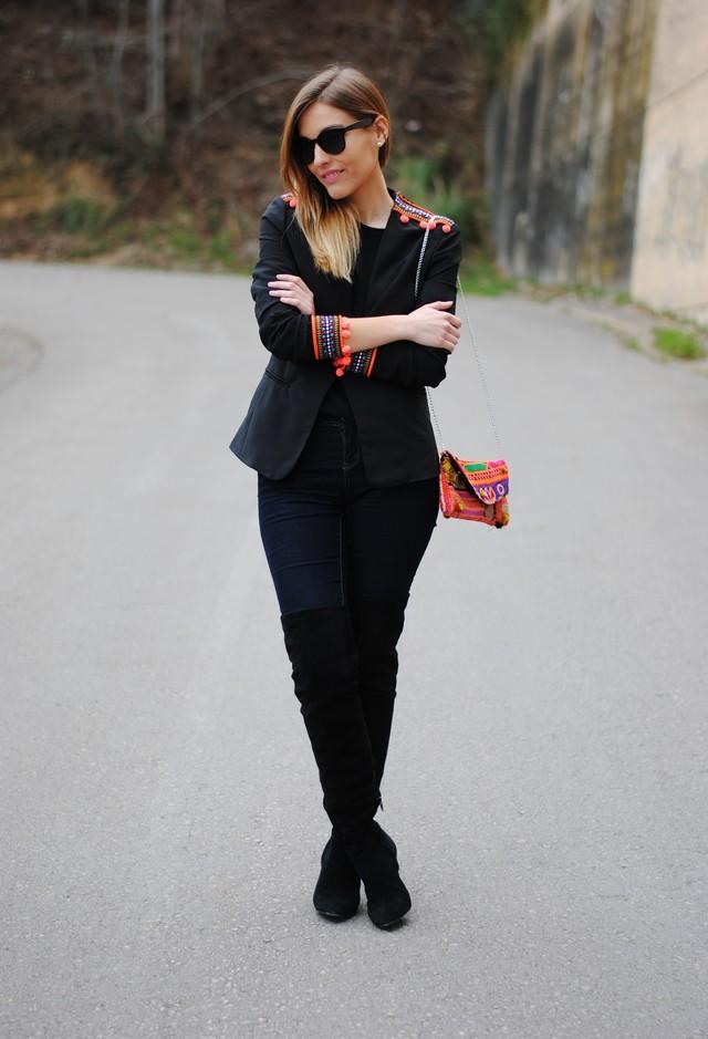 la-santa-laredo-blazers-fiorella-atelier-clutches~look-main-single