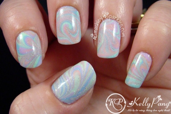 pastel-water-marble-holo-micro-glitter-topper-china-glaze-refreshmint-004-Copy