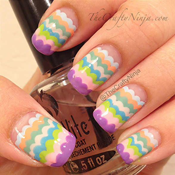 scallop-pastel-nails