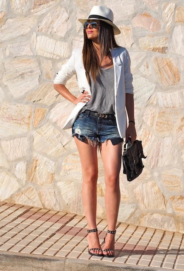 zara-blazers-pantalones-cortos-tacones-plataformas~look-main-single