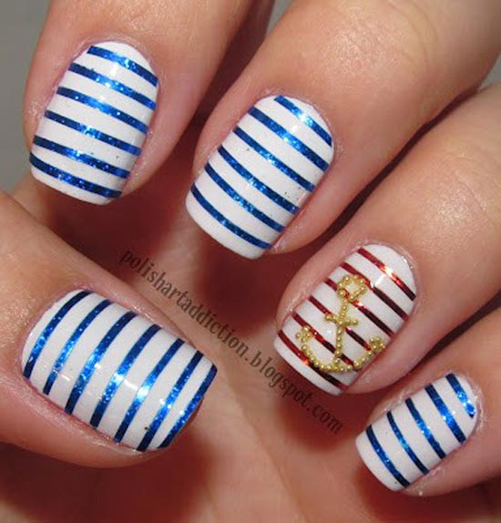 navy-striped-nails.jpg