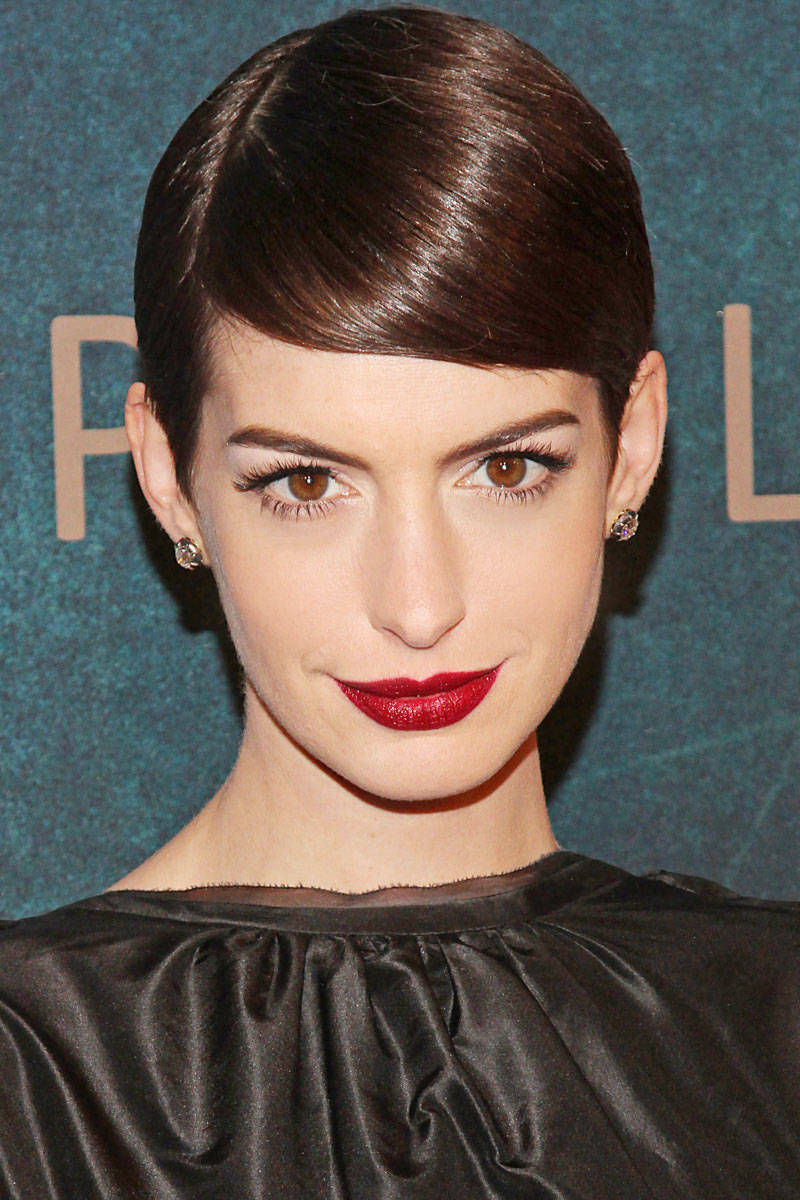 unusual-elle-short-hair-styles-anne-hathaway-xln-xln