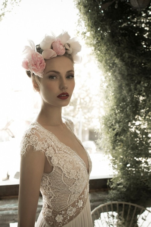 utterly-gorgeous-and-dreamy-bridal-gowns-collection-by-lihi-hod-4-500x750