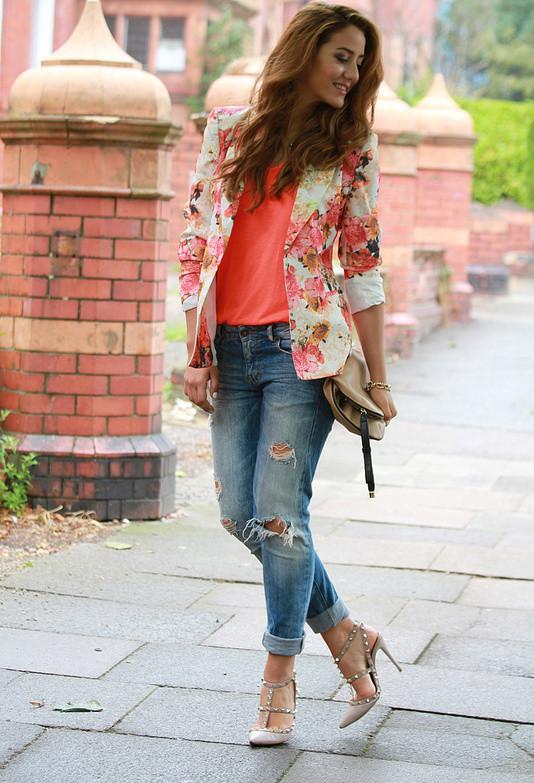 Traga seu guarda-roupa na flor completa com estas Primavera Pronto Floral Blazers