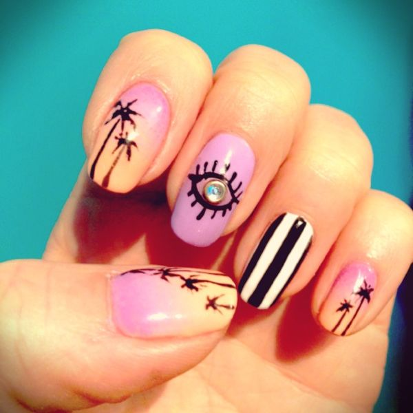 16 beach inspired nail designs to try this summer for Decoracion de unas verano 2015