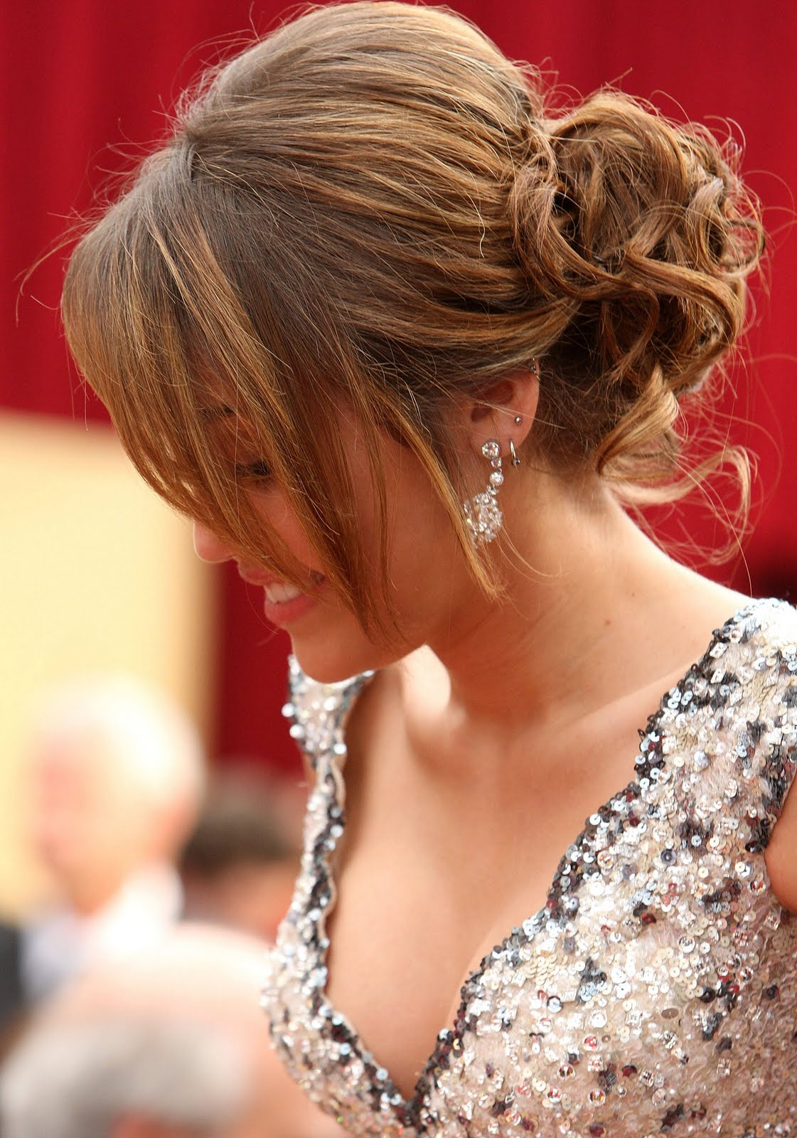 15 Cute Hairstyles For Prom 2014