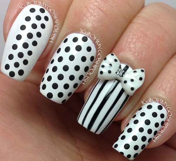 Gorgeous Black And White Nail Art Designs