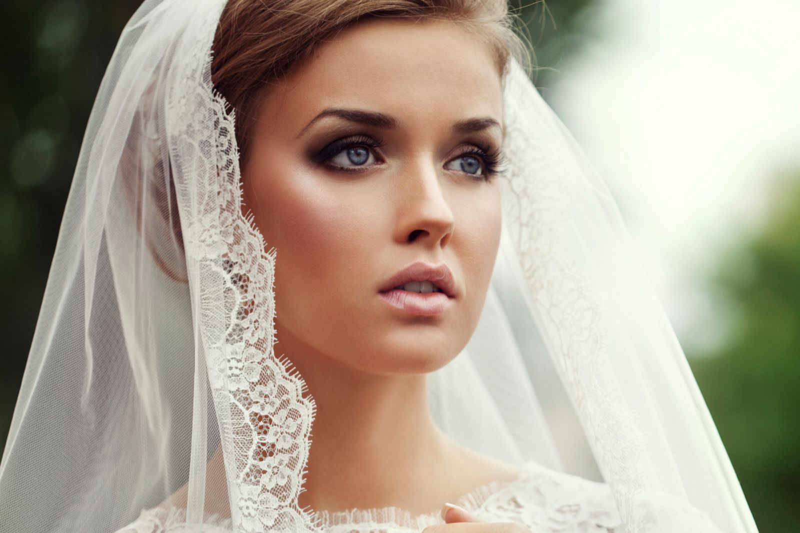 Have the Best Makeup on Your Wedding Day