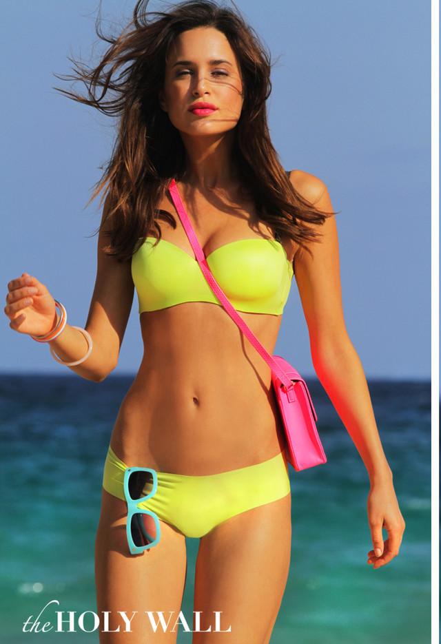 yellow-swimwears-glasses-sunglasses-fuchsia~look-main-single
