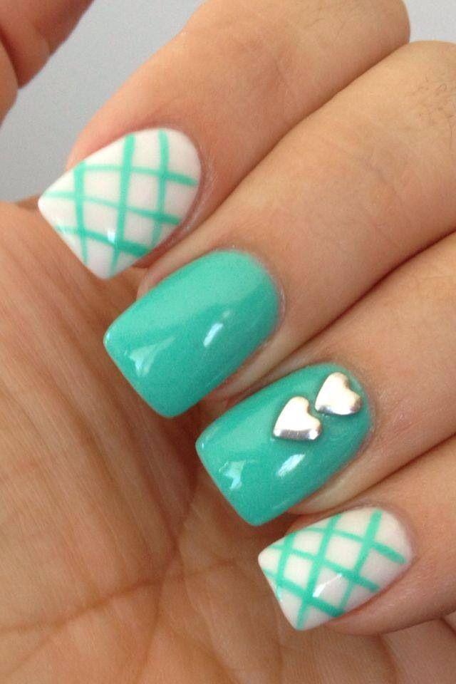 Genial 18 Pretty Ways To Decorate Your Mint Nails This Summer