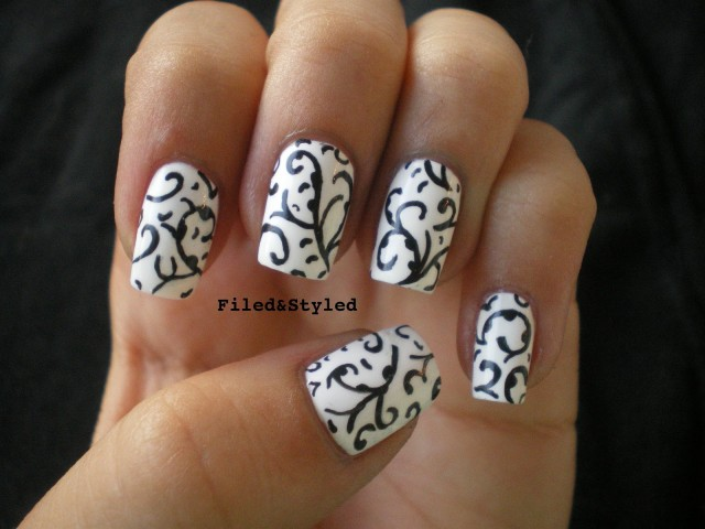 The 15 Best Black And White Nail Arts - Fashion Diva Design