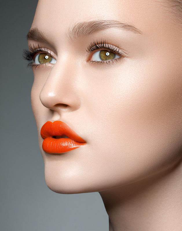 Latest-Trendy-Orange-Red-Lipstick