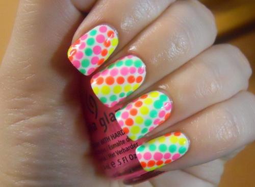 Polkadot-Neon-Nail-Art-Ideas
