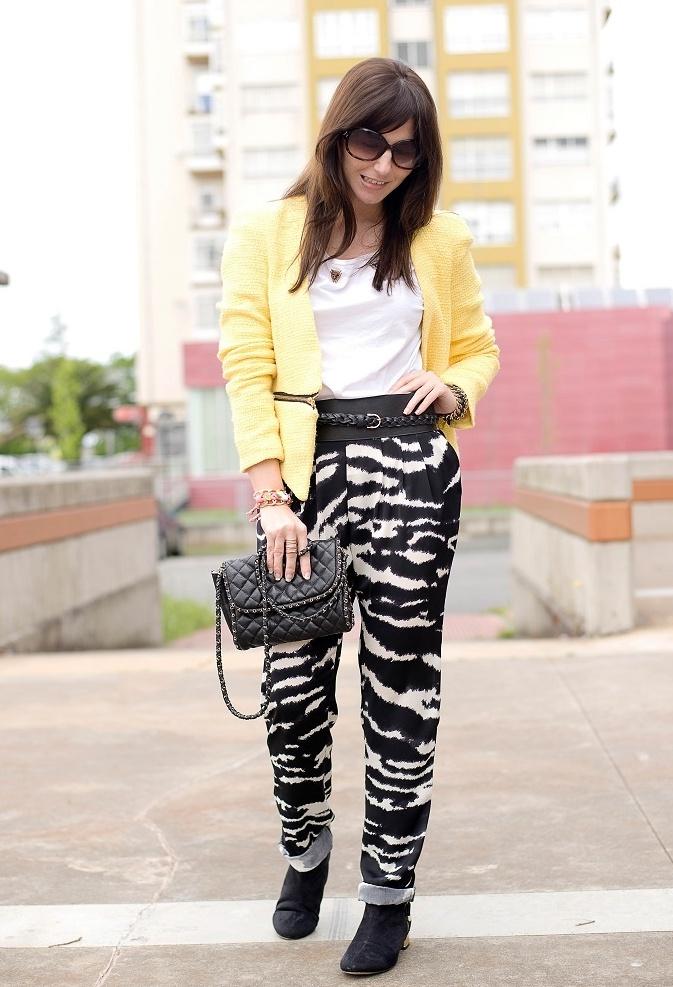 ciara outfits baggy pants - 673×987