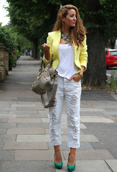 styligion-white-balenciaga-jeans~look-main-single