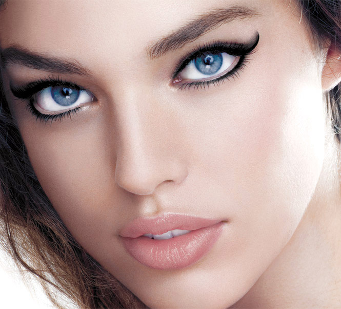 How to get the perfect cat eye look