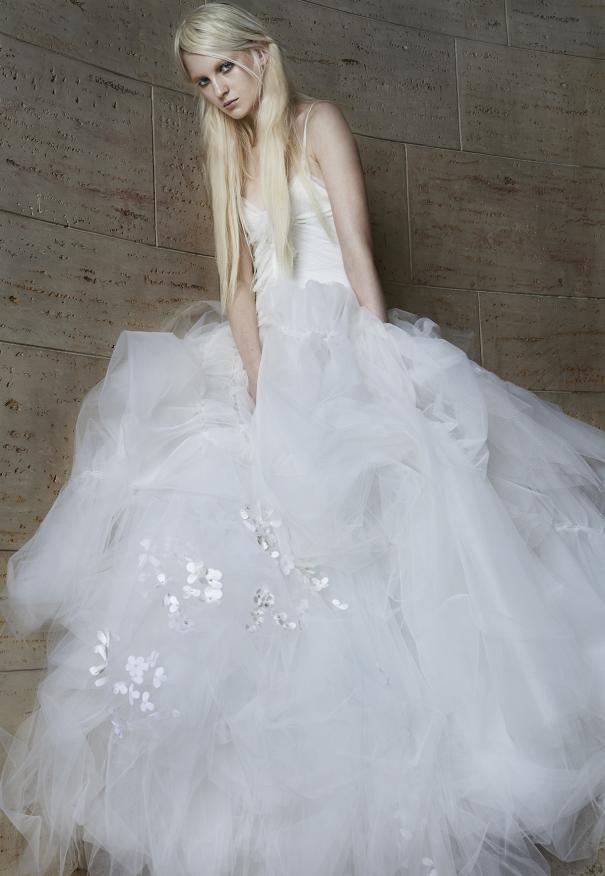 Vera Wang Strapless Wedding Dresses 99 Fabulous image via verawang vera