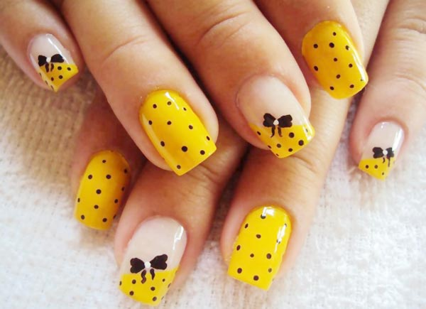 15 PRETTY YELLOW NAIL DESIGNS TO TRY THIS SUMMER - Fashion Diva Design