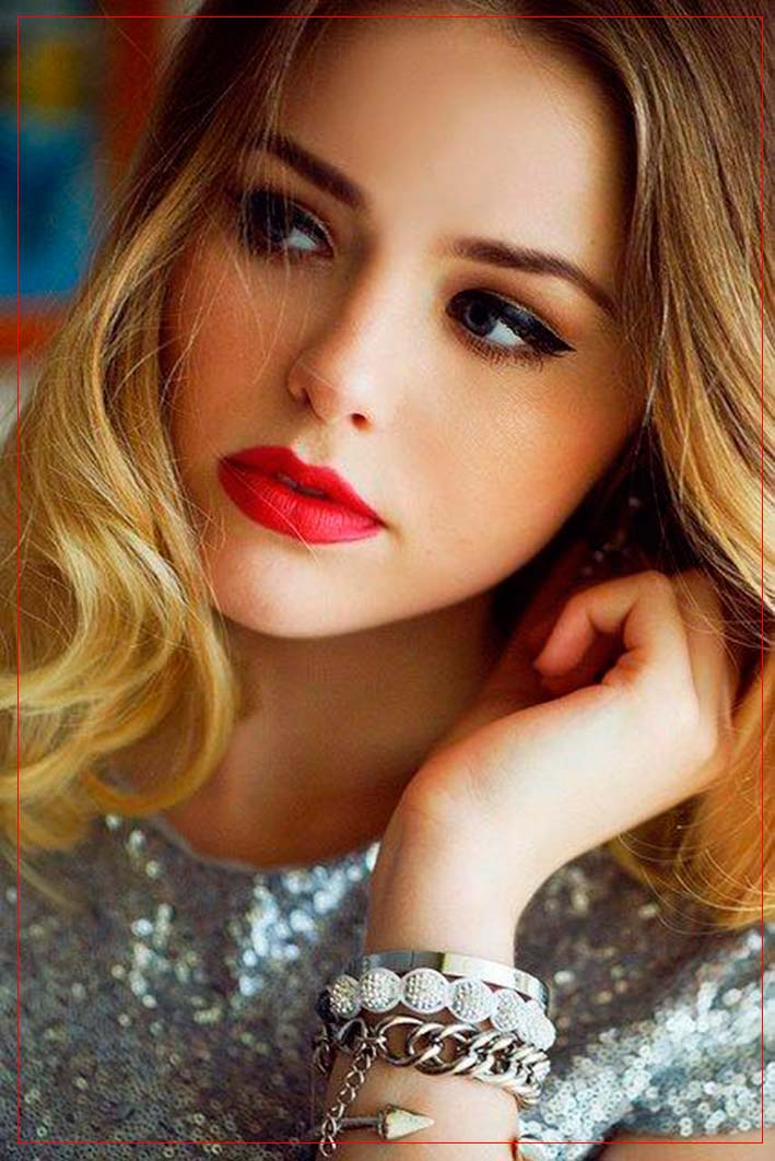 Bold Makeup Inspiration: Red Lips And Cat Eyes