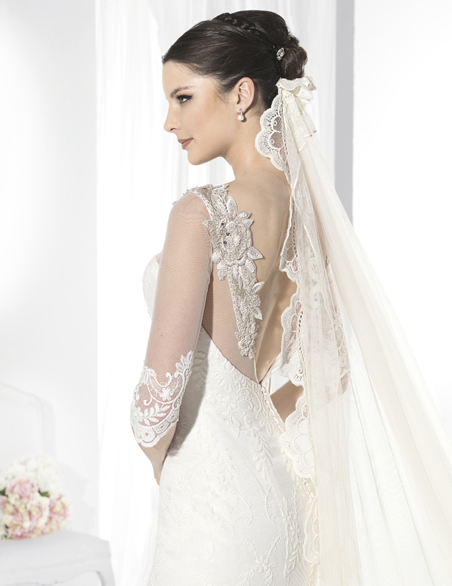 Fascinating Wedding Dress Collection by Franc Sarabia