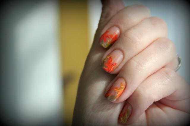 orange_gold_leaves2_done