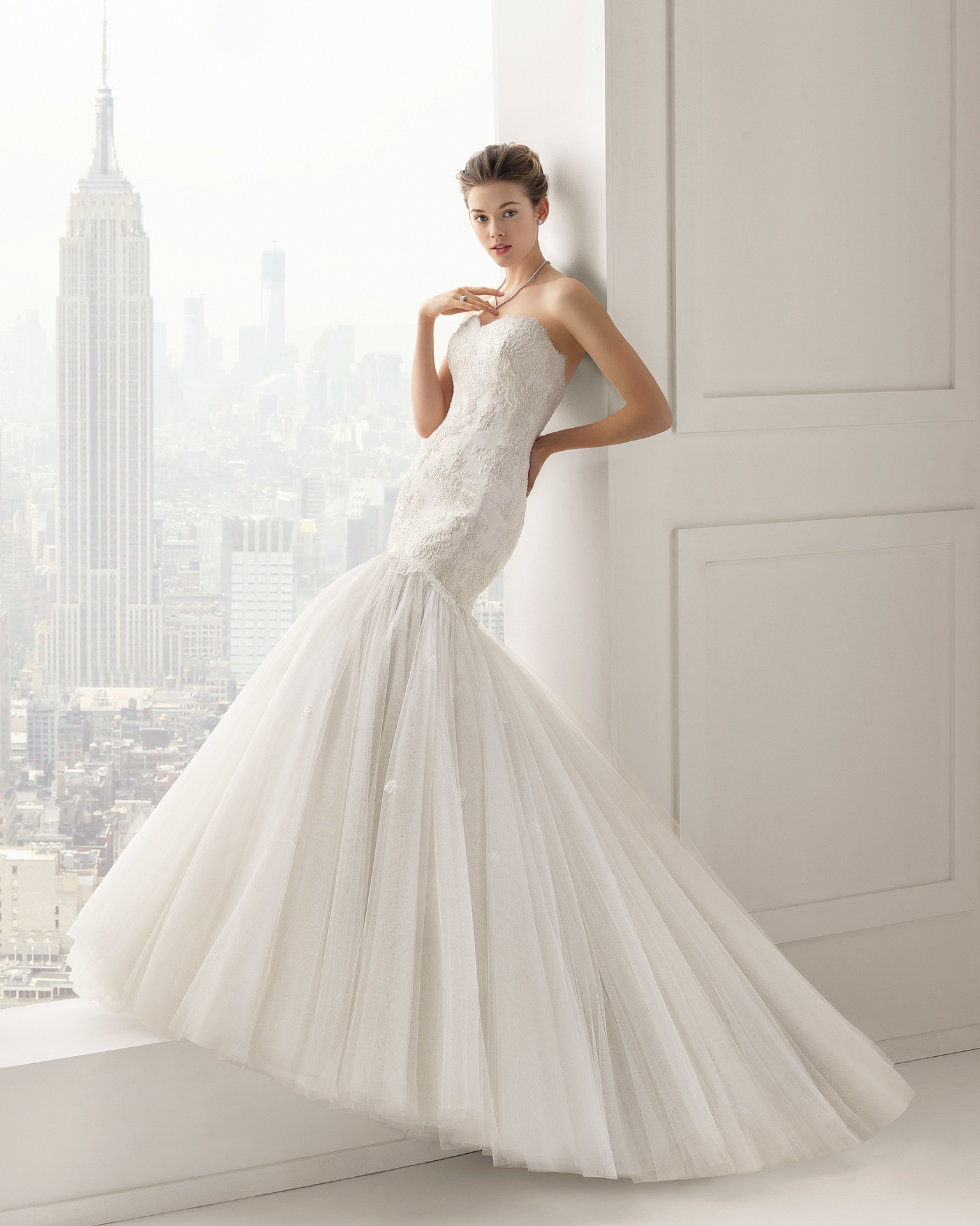 THE MAGNIFICENT WEDDING DRESSES BY ROSA CLARA 2015