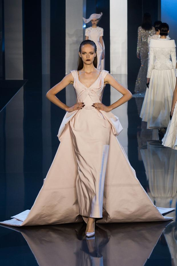 Ralph-Russo-Haute-Couture-Fall-2014-2015-5