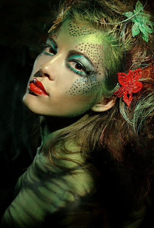 colorful-poison-ivy-halloween-make-up