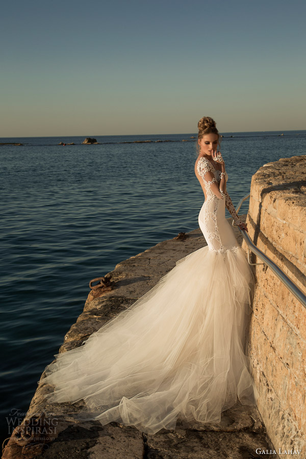 galia-lahav-wedding-dresses-spring-2015-tulia-long-sleeve-gown-full-tulle-skirt-side-view