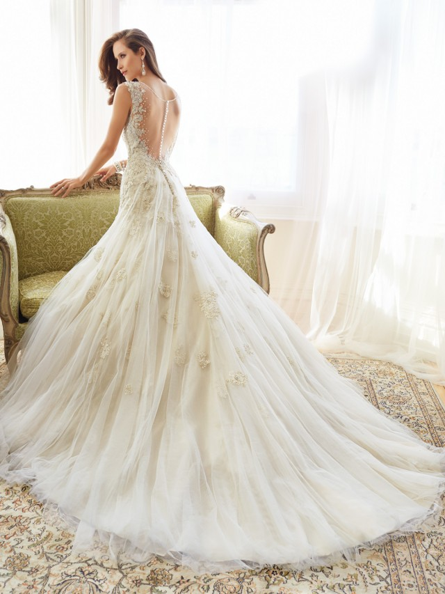 Wedding Gowns With Designs : Fascinating wedding gowns by sophia tolli s spring