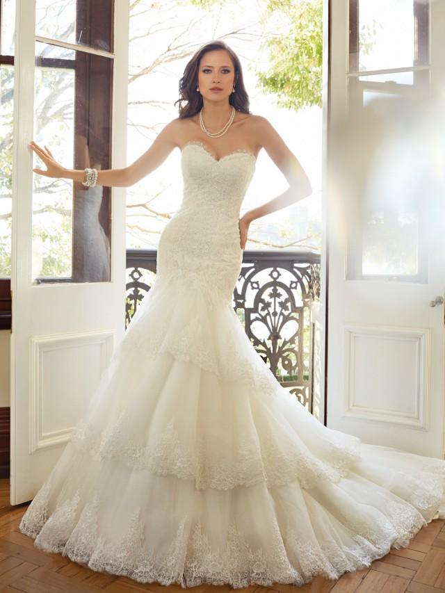 Y11567_Designer-Wedding-Dresses-2015