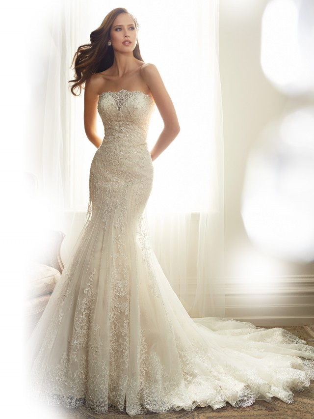 Y11574_Designer-Wedding-Dresses-2015