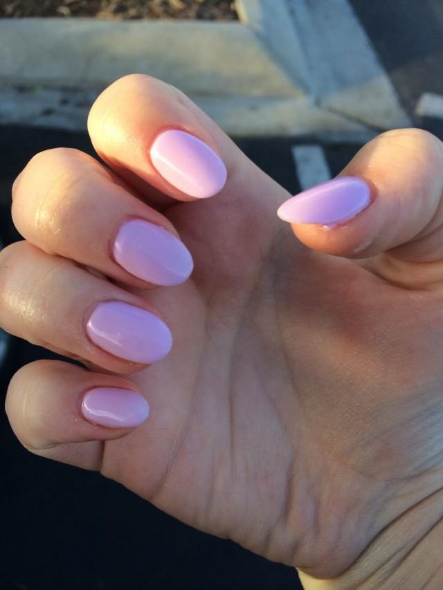 Trend Alert: Almond Nails