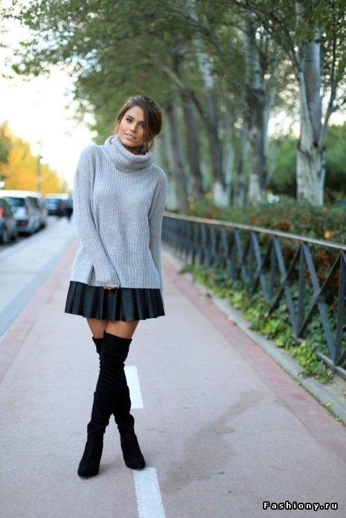 black-skirts-over-the-knee-silver~look-main-single