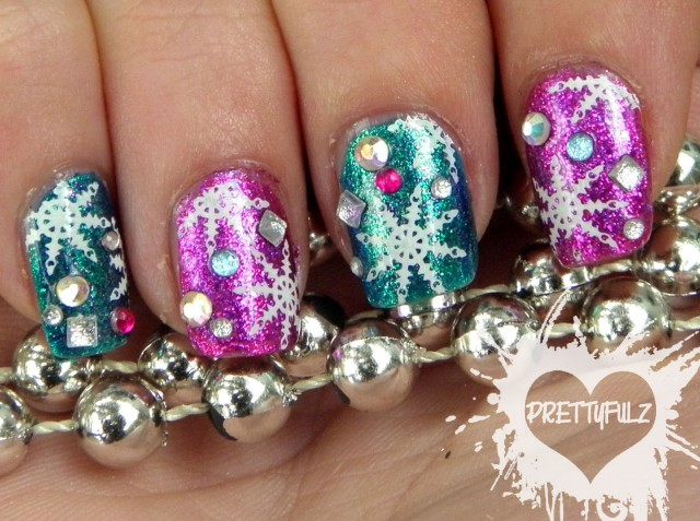 16 Fabulous Snowflake Nail Designs To Try This Winter