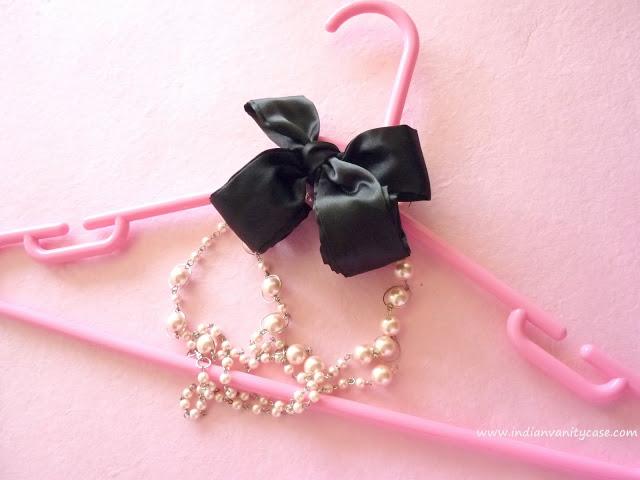 pretty+hangers