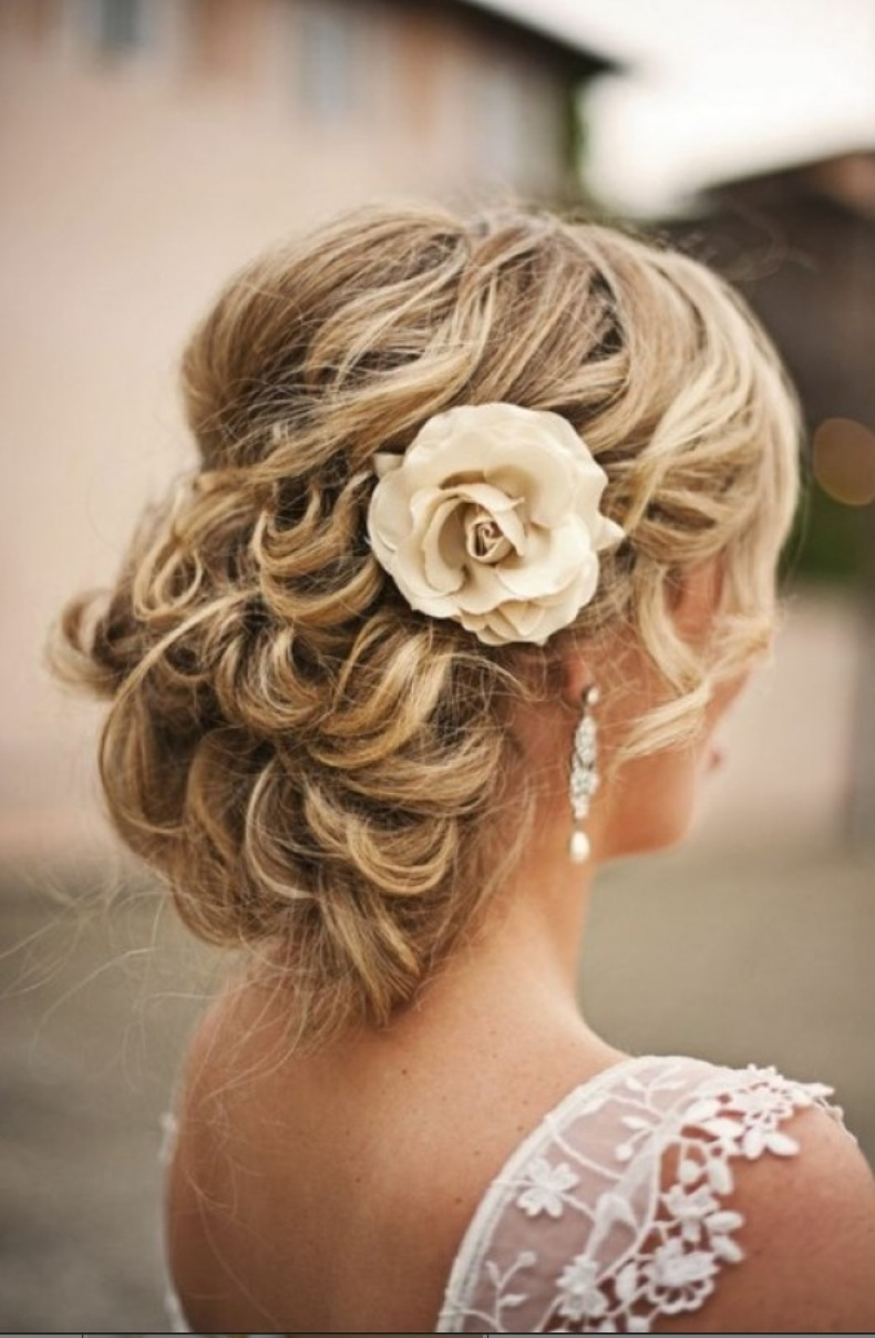 THE 15 BEST BRIDAL HAIRSTYLES EVER