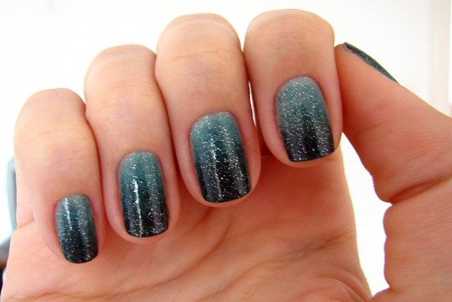 82947-nail-designs-gradient-nail-art