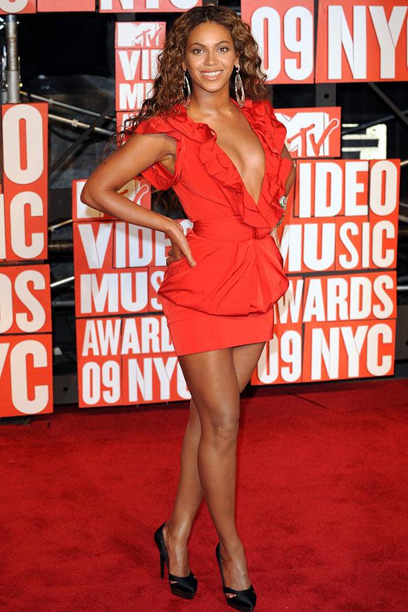 Beyonce38_gl_10oct11_pa_1