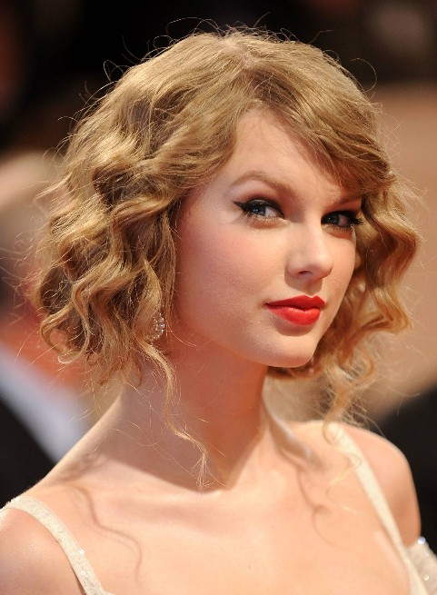 Wavy-Prom-Hairstyles-for-Short-Hair-381