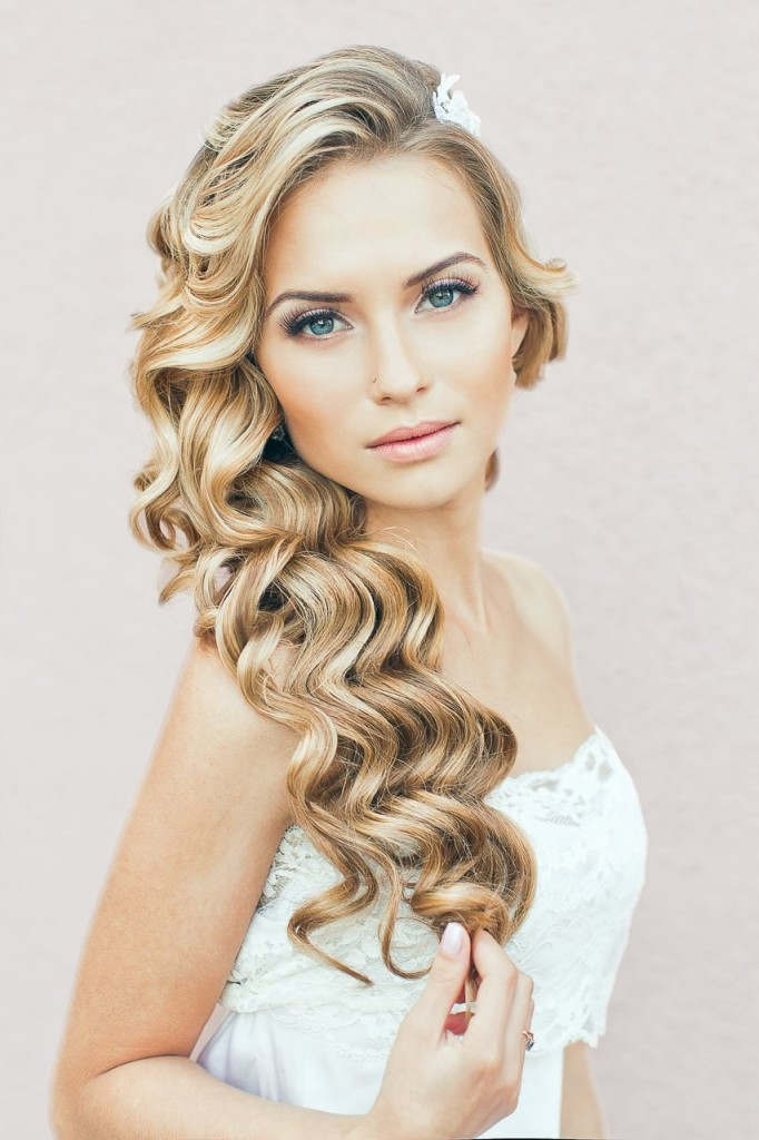 19 Fascinating Bridal Hairstyles