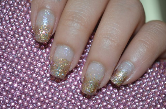 general-extraordinary-golden-glitter-gradient-prom-nail-design-idea-prom-nail-designs