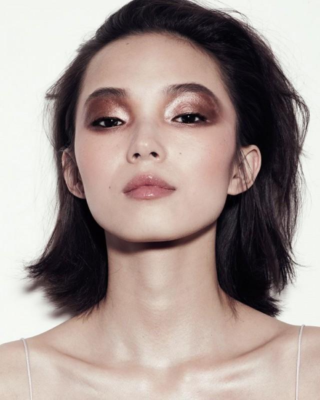 metallic-bronze-eye-makeup