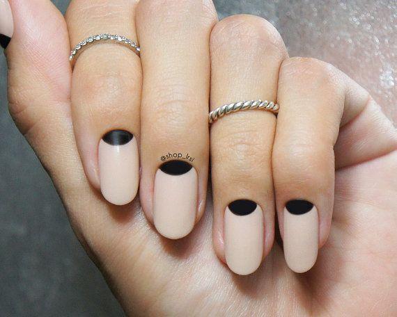 nail-nude-art-16