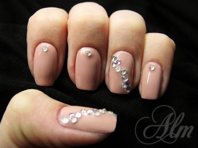nail-nude-art-6