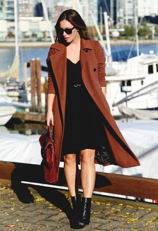 obakki-venetian-red-aritzia-coats