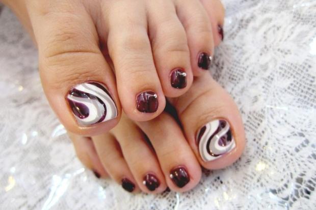 pedicure_nail_art_designs_13_thumb